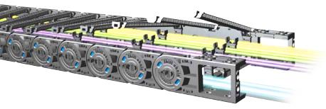 Внутри гибких кабель-цепей расположены электрические кабели и проводники сигнальных цепей
