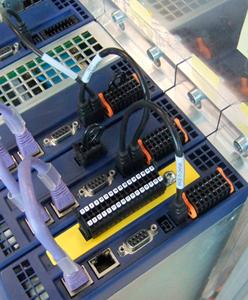 Функции безопасности частотных преобразователей в многоосевых системах