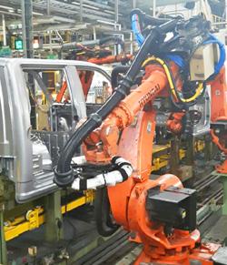 CPS установила новый робот-манипулятор: RW-70 450L